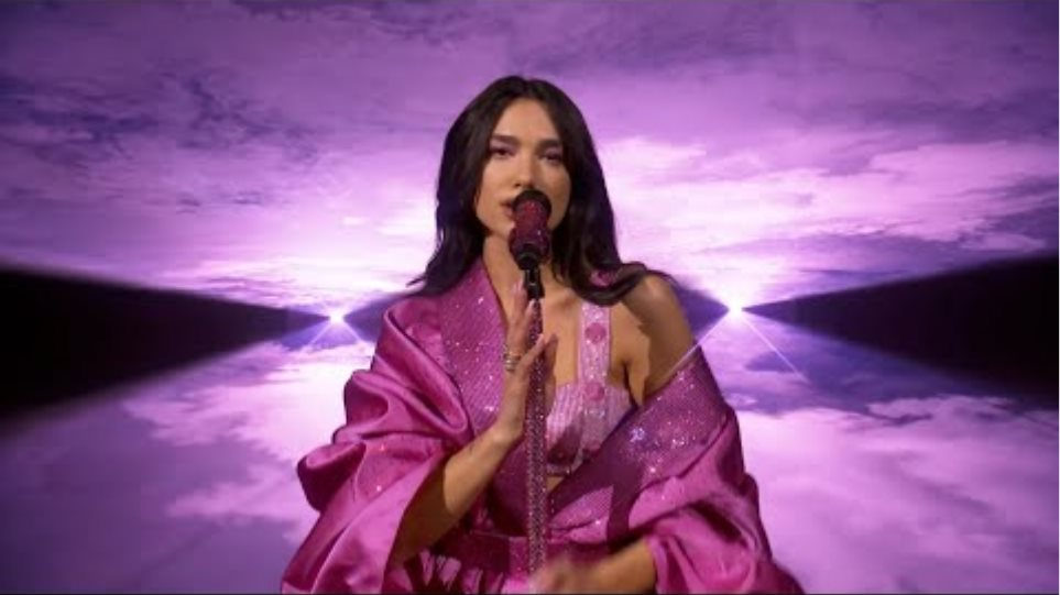 Dua Lipa - Levitating ft. DaBaby / Don't Start Now (Live at the GRAMMYs 2021)