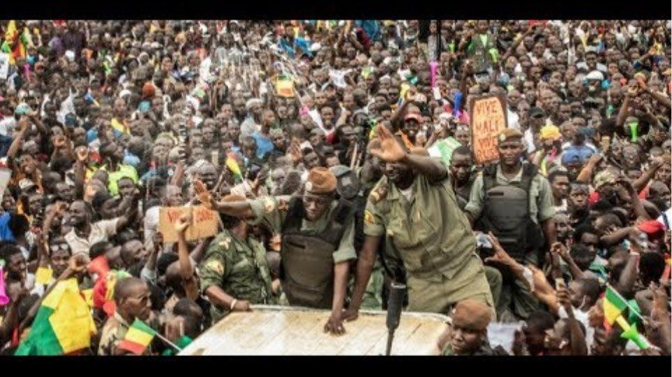 Μάλι: Η αντιπολίτευση γιορτάζει το πραξικόπημα και την ανατροπή του προέδρου Κεϊτά   ΚΟΣΜΟΣ   iefime