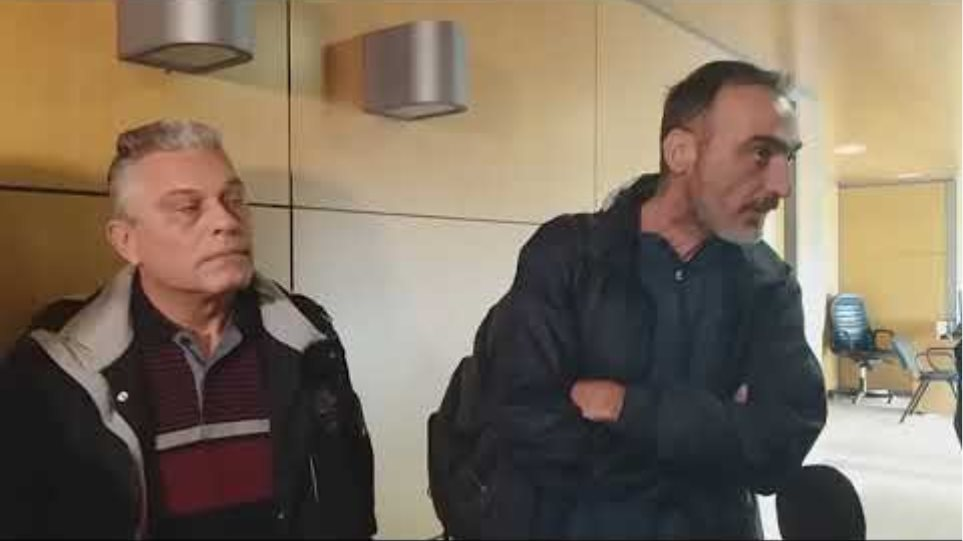 Κατάληψη του γραφείου του δημάρχου στον Δ. Θεσσαλονίκης- Voria.gr