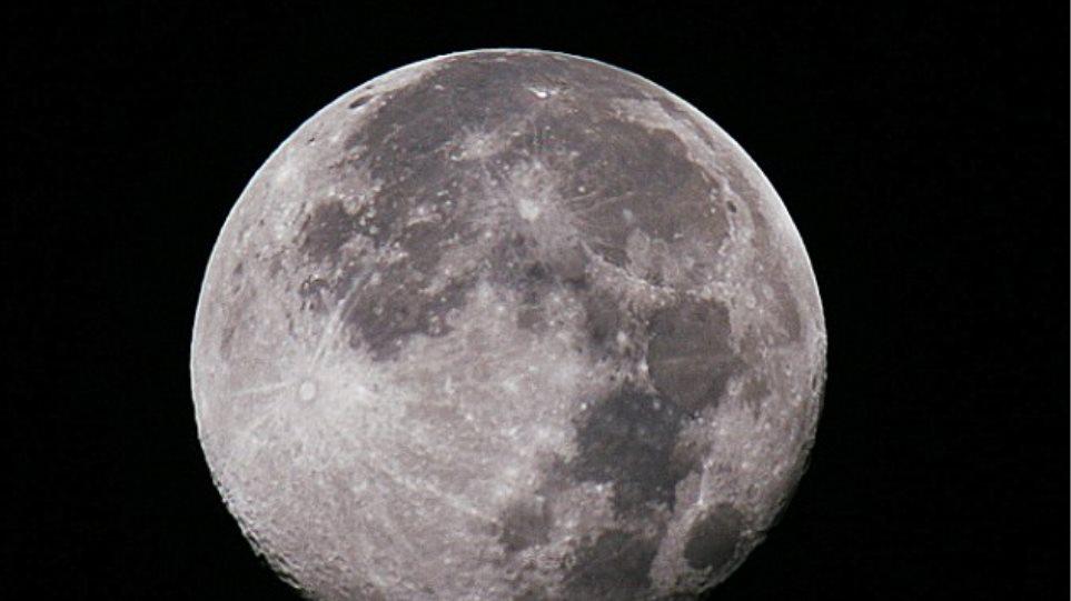 Το…ασημένιο φεγγάρι (κυριολεκτικά και μεταφορικά)