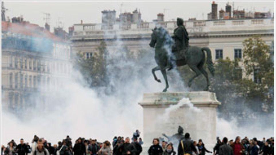 Επεισόδια στις διαδηλώσεις στη Γαλλία