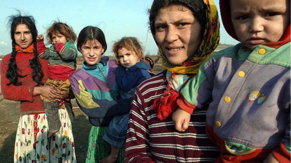 Μετά τις απελάσεις, πρόγραμμα για την ενσωμάτωση των Ρομά