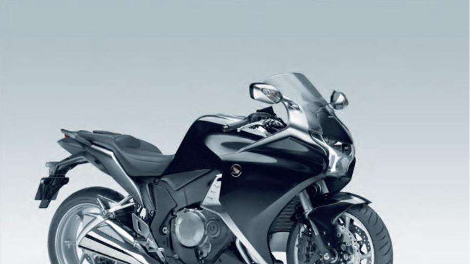 H Honda παρουσιάζει τα νέα χρώματα των μοντέλων της