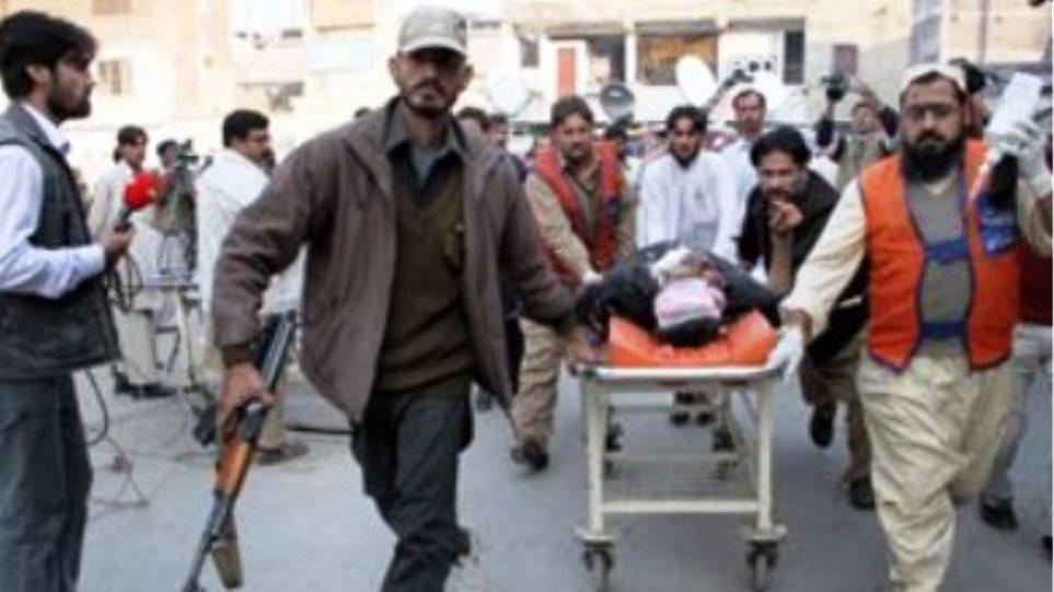 Έξι άνθρωποι σκοτώθηκαν από επίθεση Ταλιμπάν στο Πακιστάν