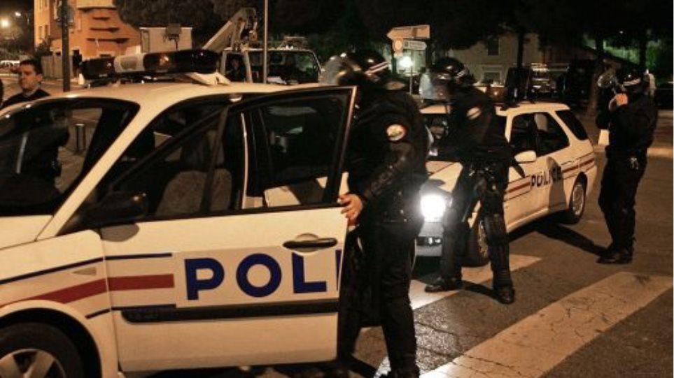 Απαγόρευση κυκλοφορίας τη νύχτα στην Τύνιδα