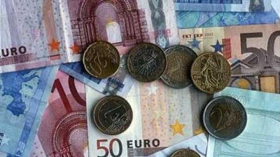 Αφρικανοί κάνουν μεγάλες αγορές με πλαστά ευρώ