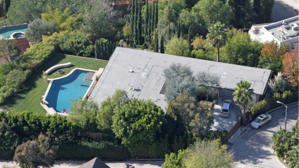 Scarlett-Ryan: Ποιος θα πάρει αυτό το σπίτι;