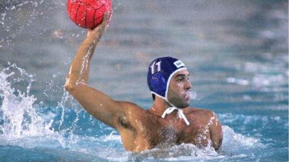 Μένει στον Ολυμπιακό ο Βλοντάκης