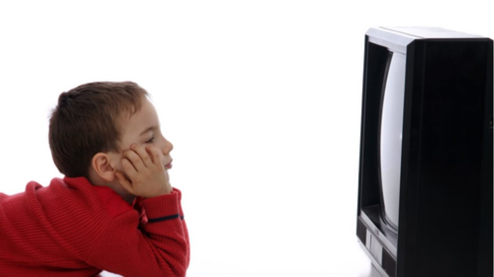 Μην αφήνετε τα παιδιά μπροστά σε μία οθόνη