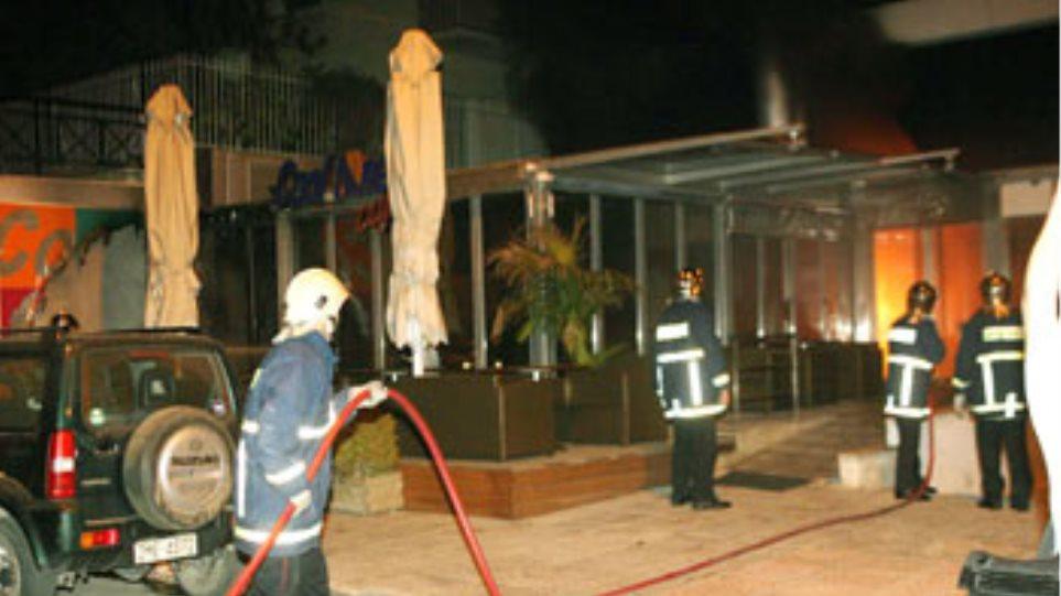 Φωτιά σε καφετέρια στη Θεσπρωτία