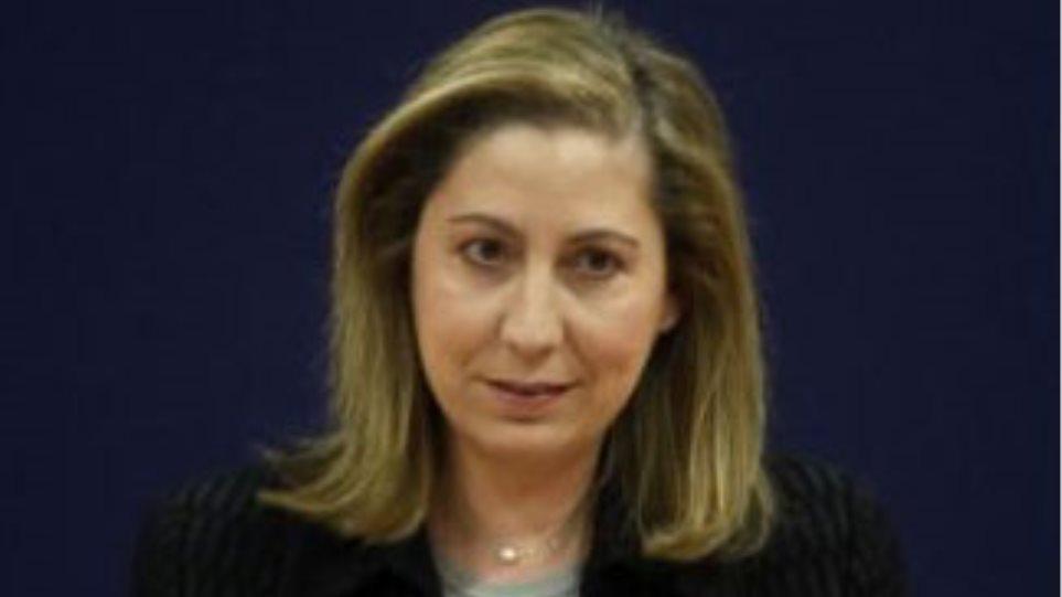 Υπουργός Υγείας: ζητά περιορισμό των φαρμακευτικών δαπανών στο ΕΣΥ