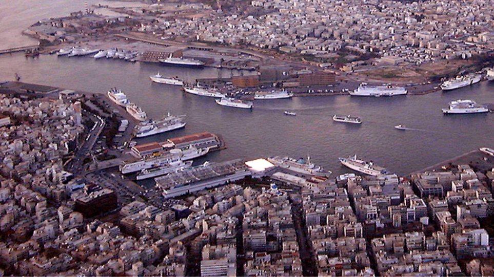 Θρίλερ με επιχείρηση της ΕΥΠ σε πλοίο στον Πειραιά