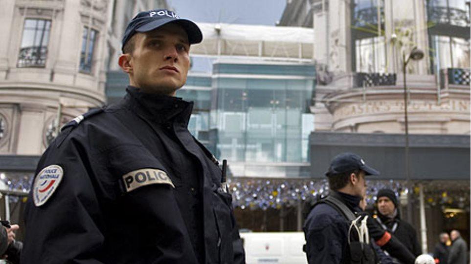 Γαλλία: Αφαίρεση υπηκοότητας από αλλοδαπούς που πυροβολούν αστυνομικούς