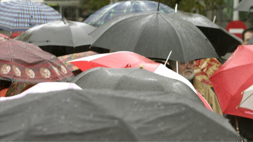 Άστατος καιρός με τοπικές  βροχές