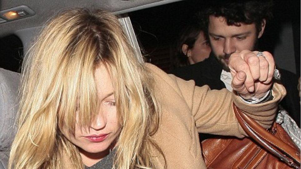 Kate Moss: Το κορίτσι των πάρτι επέστρεψε!