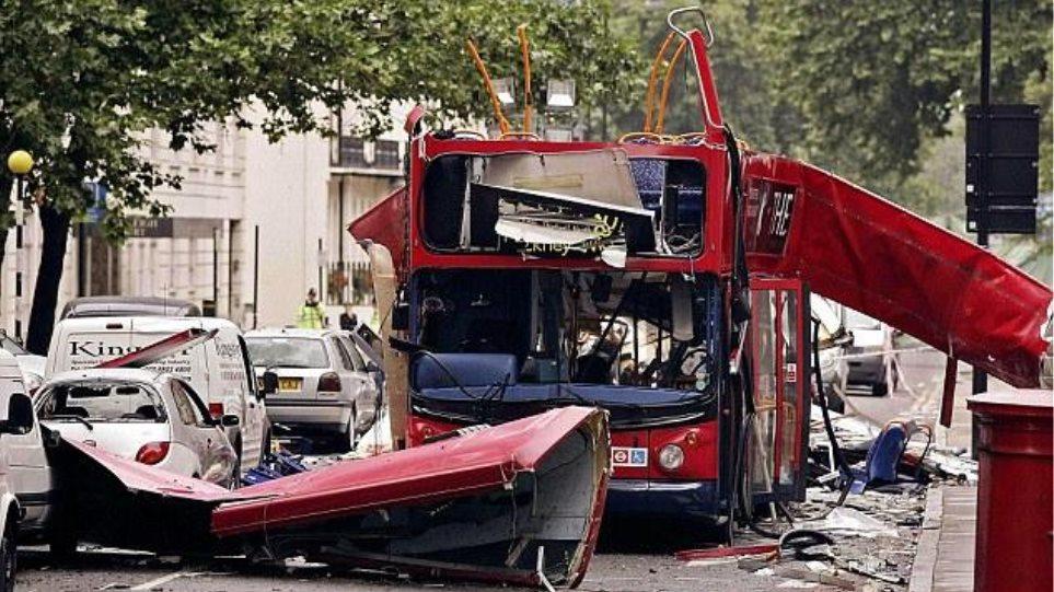 Ο Έλληνας οδηγός που έσωσε 50 επιβάτες από βομβιστική επίθεση (video)