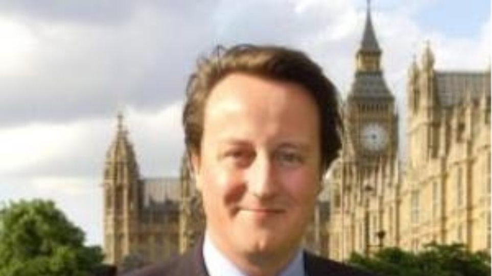 Βρετανία: Χρόνια «οδύνης» μέχρι να μειωθεί το έλλειμμα