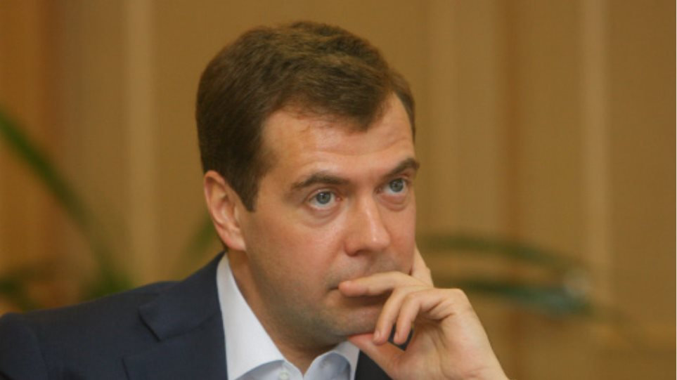 Μεντβέντεφ: Εγώ αποφασίζω για το νέο δήμαρχο
