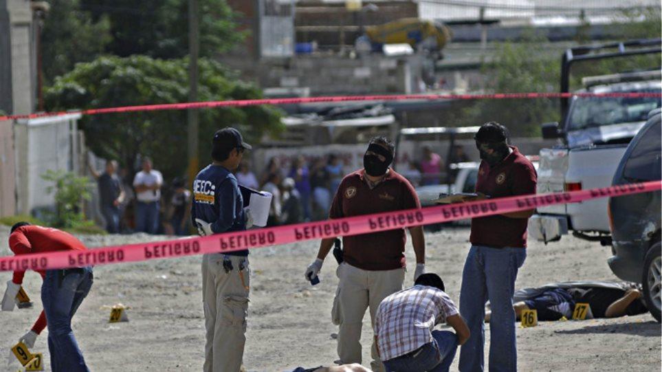 Συμμορία σκόρπισε το θάνατο στο Μεξικό