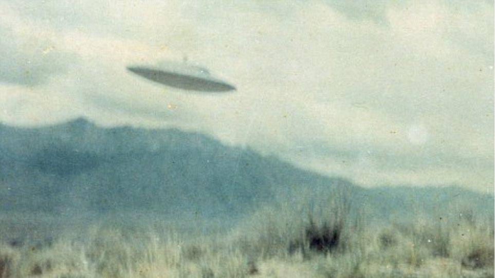 «Οι εξωγήινοι παίζουν με τα πυρηνικά των ΗΠΑ»