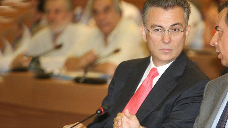 Ο Ρουσόπουλος δεν είδε τίποτα, ο Λιάπης γράφει βιβλίο...