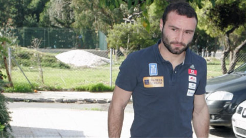 """Σαλπιγγίδης: """"Στα πόδια μας η νίκη…"""""""
