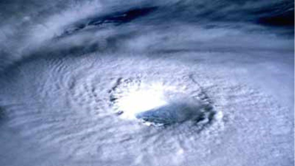 Ενισχύεται ο τυφώνας Ντανιέλ