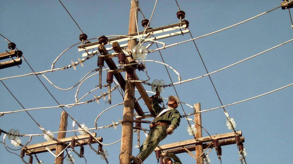 Πρόεδρος τεχνικών ΔΕΗ για διακοπές ρεύματος: Τεράστιες ελλείψεις υλικών και προσωπικού
