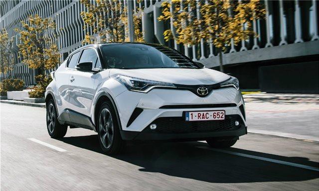 Οδηγώντας το υβριδικό Toyota C-HR