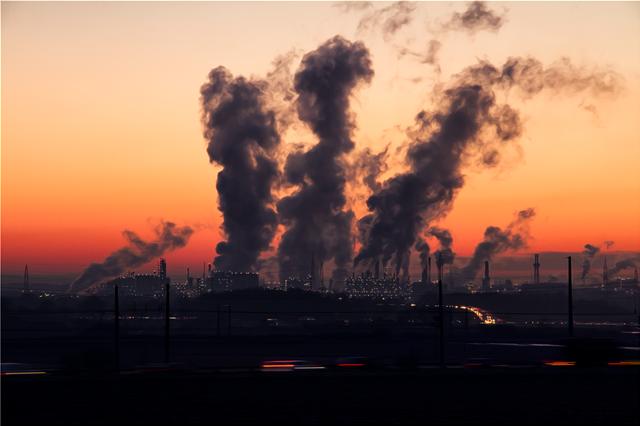 Στο ψηλότερο επίπεδο των τελευταίων 800.000 ετών έφθασε το διοξείδιο του άνθρακα στην ατμόσφαιρα