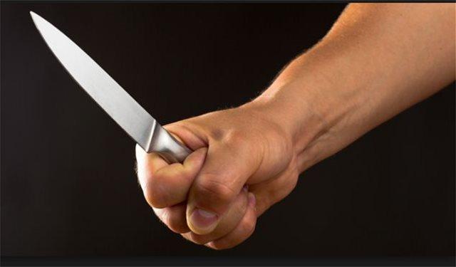 Πιτσιρικάδες λήστεψαν νεαρό με μαχαίρι στο Ρίο