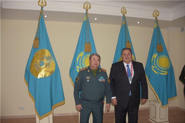 Φωτογραφίες: Στο Καζακστάν ο Πάνος Καμμένος
