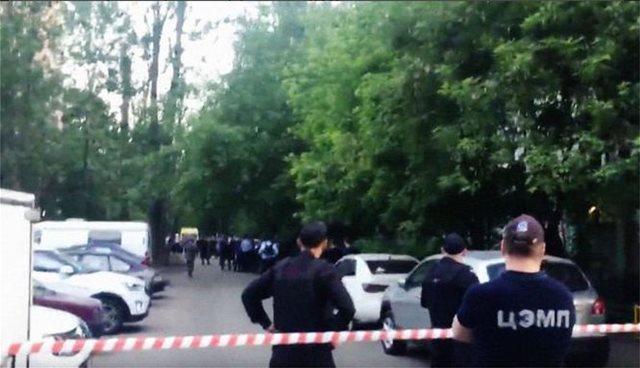 Υπόθεση ομηρίας στη Μόσχα: Ένοπλος κρατάει τριμελή οικογένεια - Ένας νεκρός