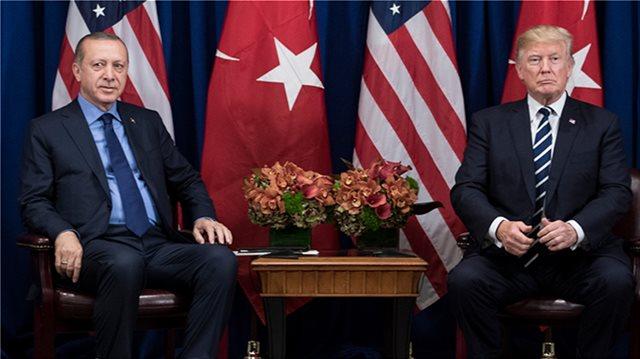ΗΠΑ: Εγκρίθηκε ο αμυντικός προϋπολογισμός - «Παγώνει» η πώληση όπλων στην Τουρκία