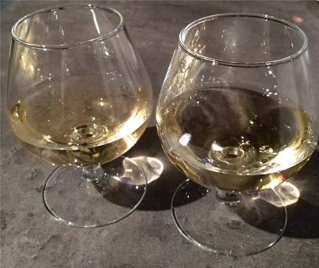 Γαλλία: Σε δημοπρασία «κίτρινο κρασί» από το 1774