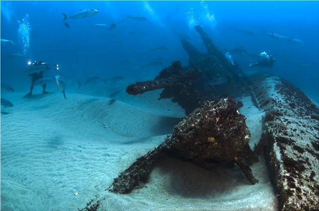 Οι ωκεανοί κρύβουν μια «βόμβα» βάρους εκατομμυρίων τόνων που ίσως... μας δηλητηριάζει
