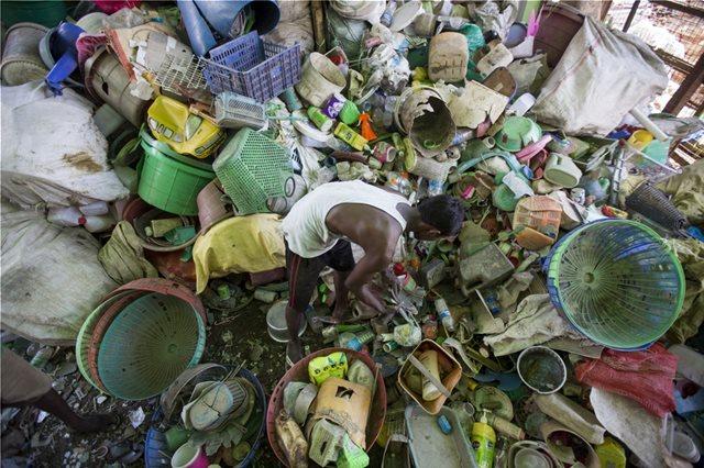 Οι G-7 διχάστηκαν ακόμη και για τη ρύπανση από το πλαστικό