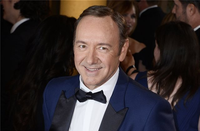 Κι όμως ο Κέβιν Σπέισι επιστρέφει στο σινεμά με το «Billionaire Boys Club»