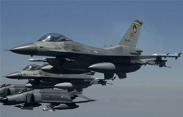 Νέο μπαράζ τουρκικών προκλήσεων: 39 παραβιάσεις του εθνικού εναέριου χώρου