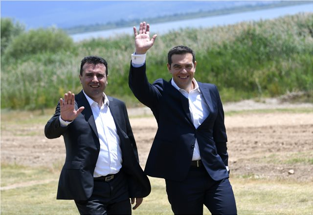 Σκοπιανό: Στο δημοψήφισμα για τη συμφωνία ρίχνει πλέον το βάρος του ο Ζάεφ