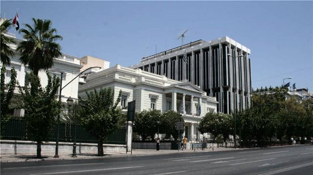 Απελάσεις Ρώσων διπλωματών: Τα αντίποινα της Μόσχας αναμένει η Αθήνα