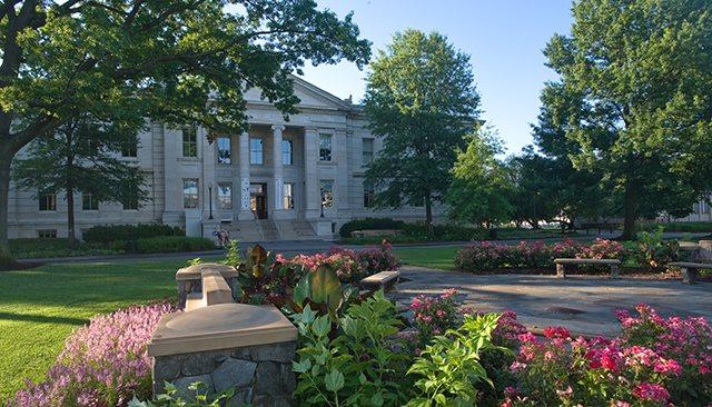 Συναγερμός στο American University στην Ουάσιγκτον: Εντοπίστηκε ένοπλος εισβολέας