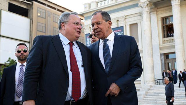 Βαθαίνει επικίνδυνα το «χάσμα» με τη Ρωσία