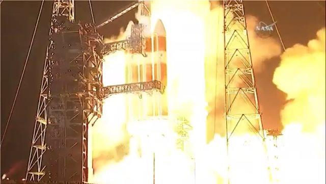 Βίντεο: Η NASA εκτόξευσε την πρώτη αποστολή της στον Ήλιο