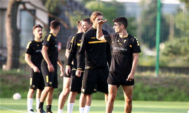 AEK: Δύσκολα ο Μάνταλος-Το πλάνο Ουζουνίδη για πρόκριση