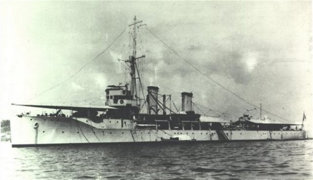 "August 15 1940: The torpedoing of the Greek cruiser ""Elli"" (PHOTOS)"