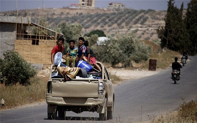 Οι ΗΠΑ «παγώνουν» τα προγράμματα για τη Συρία και ο Ερντογάν... χαμογελά