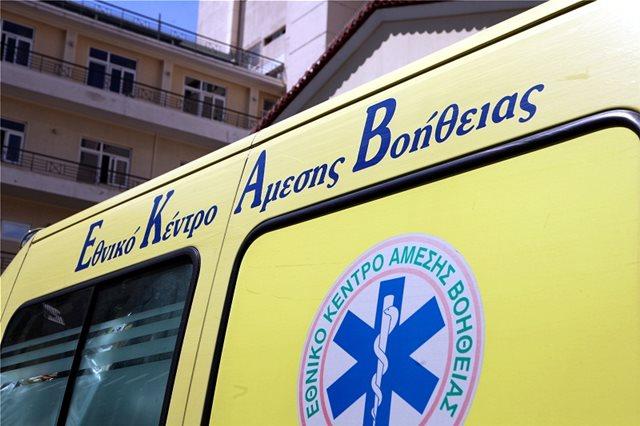 Κρήτη: Οδηγός εγκλωβίστηκε στο αυτοκίνητό του μετά από τροχαίο