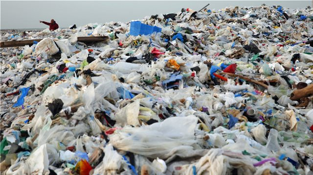 Έρευνα: Τα τρόφιμα που... καταλήγουν στα σκουπίδια μπορεί να αυξηθούν κατά ένα τρίτο ως το 2030