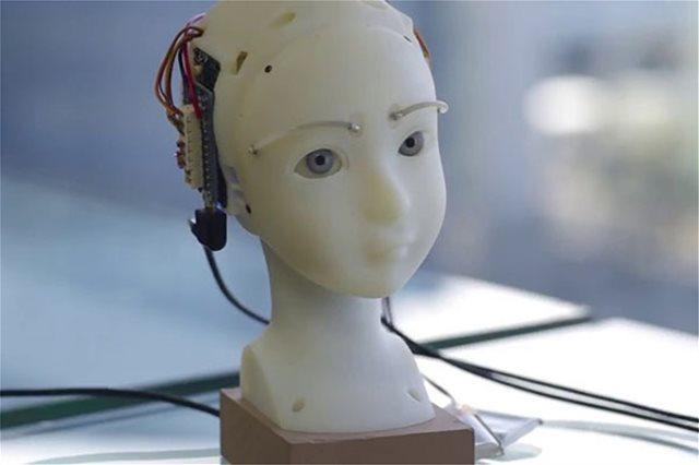 Βίντεο: Αυτό το ρομπότ έχει τα πιο εκφραστικά και ρεαλιστικά μάτια που έχεις δει σε...ρομπότ!
